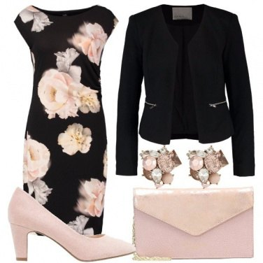 Outfit Eleganza fiorita