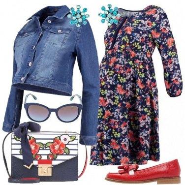 Outfit Una mamma giovane e trendy