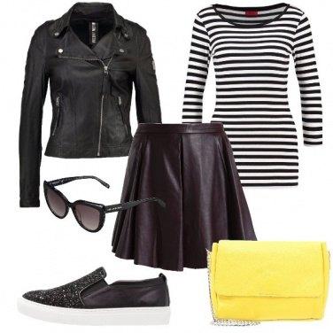 Outfit La borsa in pelle gialla
