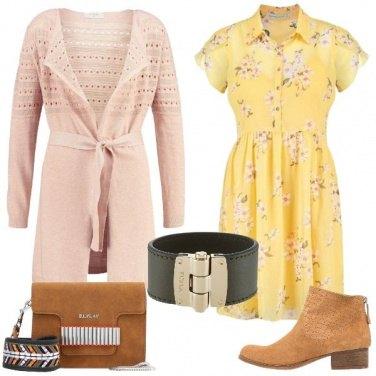 Outfit Mi illumino di giallo