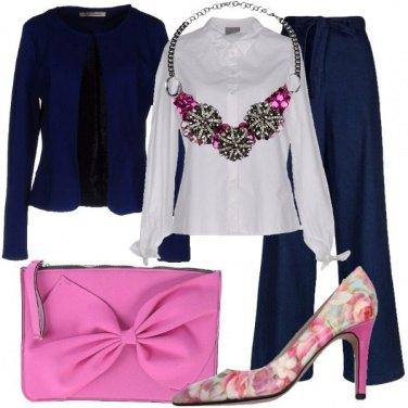 Outfit Fiocchi e fiori romantici
