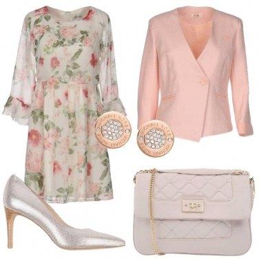 Outfit Sbocciano i fiori