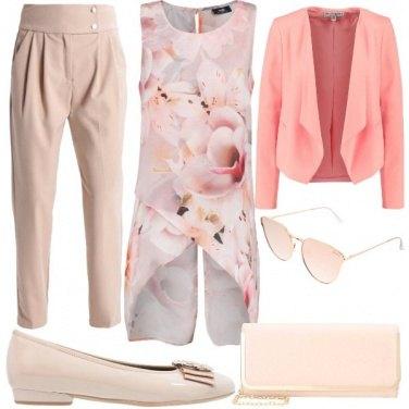 Outfit Fiori rosa a primavera
