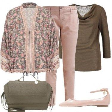 Outfit Fiori rosa e verde