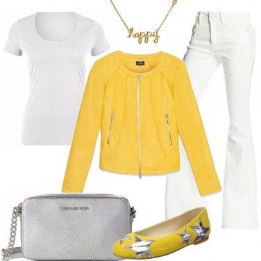 Outfit Il giallo mi rende felice