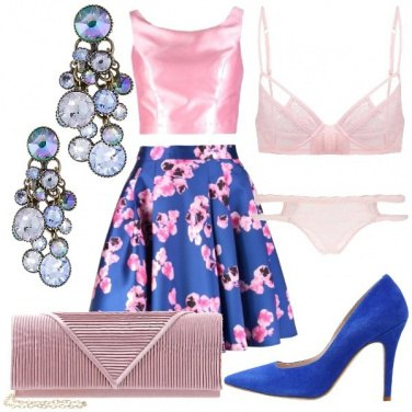 Outfit Dall\'intimo all\'abito, tutto floreale