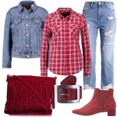 Outfit Forestiera in rosso e jeans