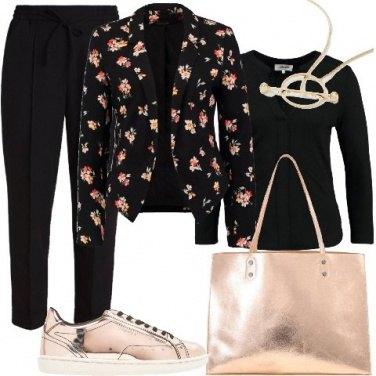 Outfit Dettagli luminosi in primavera