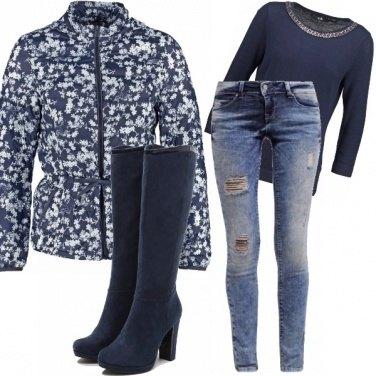 Outfit Infinito azzurro