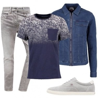 Outfit T-shirt con taschino