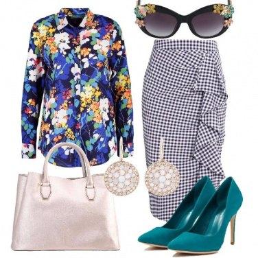 Outfit Mix di fiori e Vichy