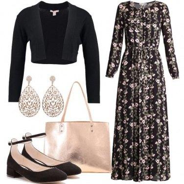 Outfit Una cascata di fiori