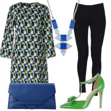 Outfit Verde e blu geometrici