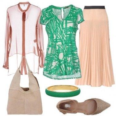 Outfit Verde e nudo