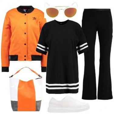 Outfit Bianco nero e un po\' di colore