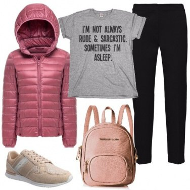 Outfit T-shirt con messaggio