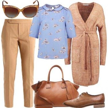 Outfit Floreale discreto