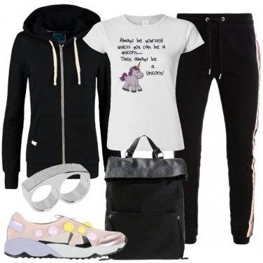 Outfit Ragazza unicorno