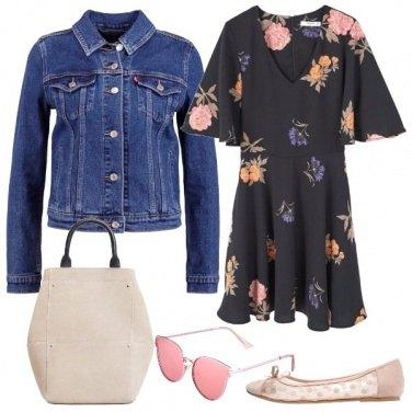 Outfit Fiori e denim