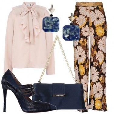Outfit Romantica in rosa e blu