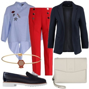 Outfit Due file di bottoni