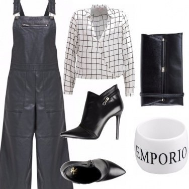 Outfit Come in passerella.