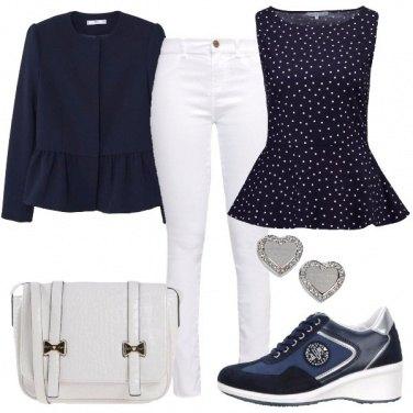 Outfit Rivisitazione del jeans e scarpette