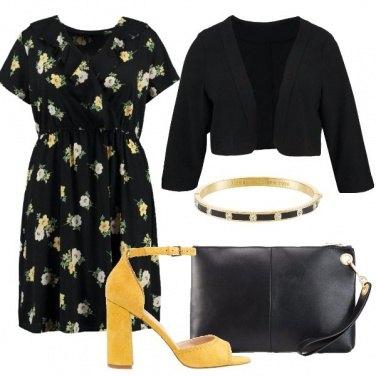 Outfit Curve e fiori