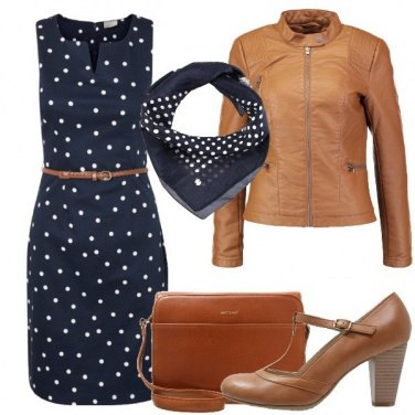 Outfit A pois bianchi