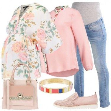 Outfit Una giovane mamma