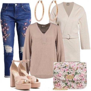 Outfit Femminile a fiori
