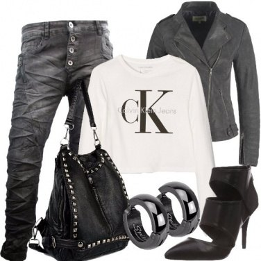 Outfit Donna di carattere