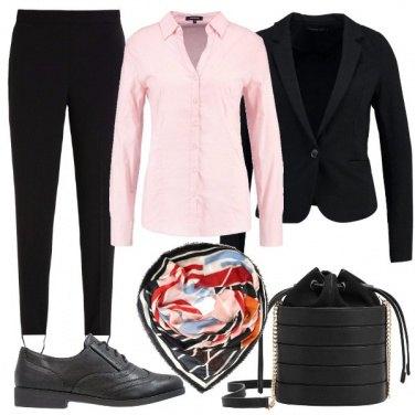 Outfit Un foulard colorato
