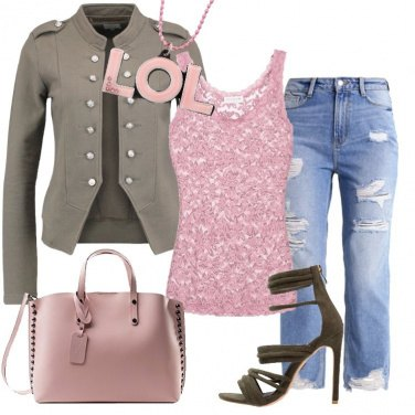 Outfit Merletto & Militare