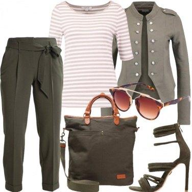 Outfit La giacca verde militare
