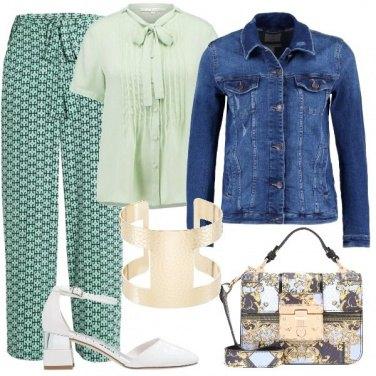 Outfit Il verde è di tendenza