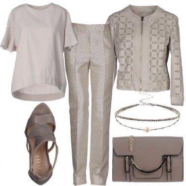 Outfit Elegante in pantalone