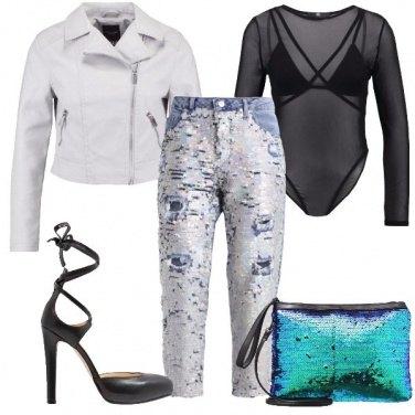 Outfit Un mondo di paillettes