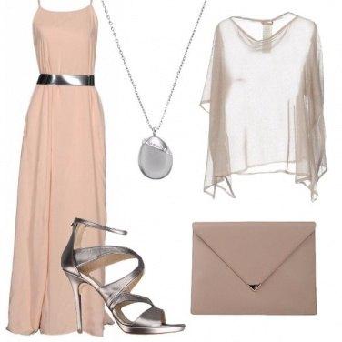 Outfit Colori sobri in lungo