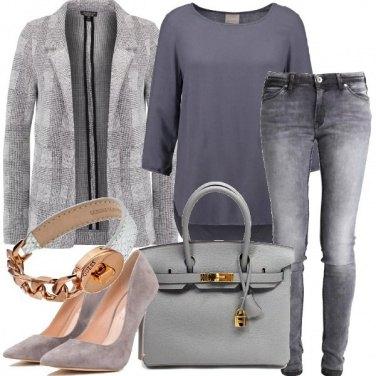Outfit Grigio di giorno