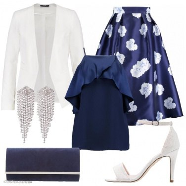 Outfit Classicamente in bianco e blu