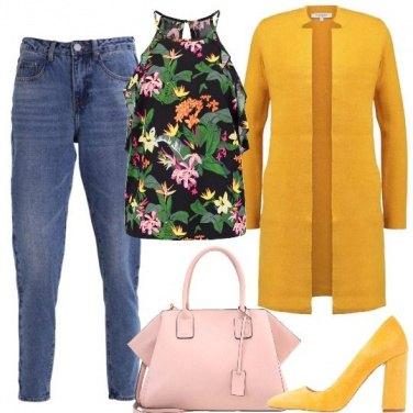 Outfit Il top fiorito