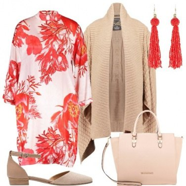 Outfit Fiori color corallo