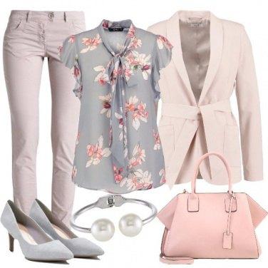Outfit Floreale al lavoro