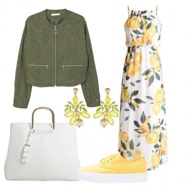 Outfit Il vestito a fiori gialli