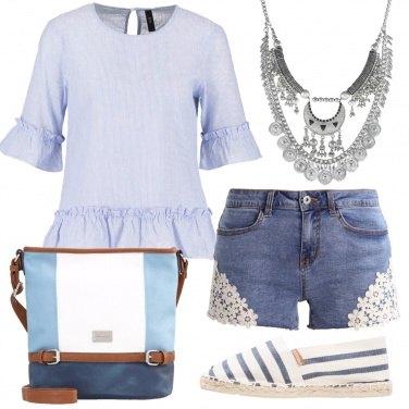Outfit Azzurro e denim