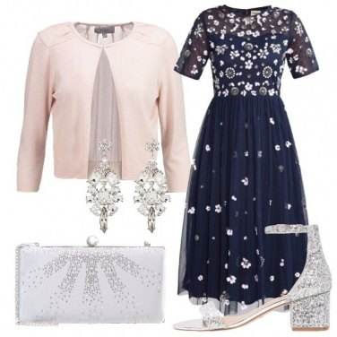 Outfit Tra glitter e margherite
