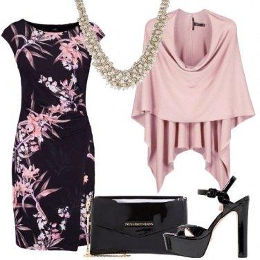 Outfit In rosa e nero