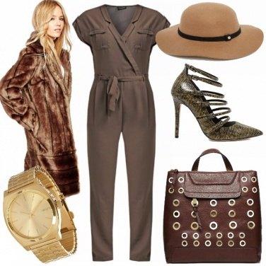 Outfit Verde avvolgente