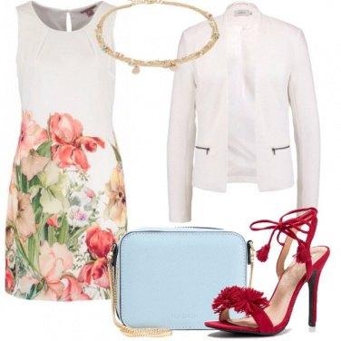 Outfit Un bianco fiorato